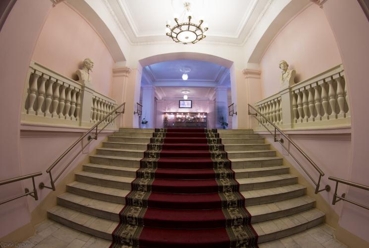 tverskaja-oblastnaja-biblioteka-im-a-m-gorkogo-15