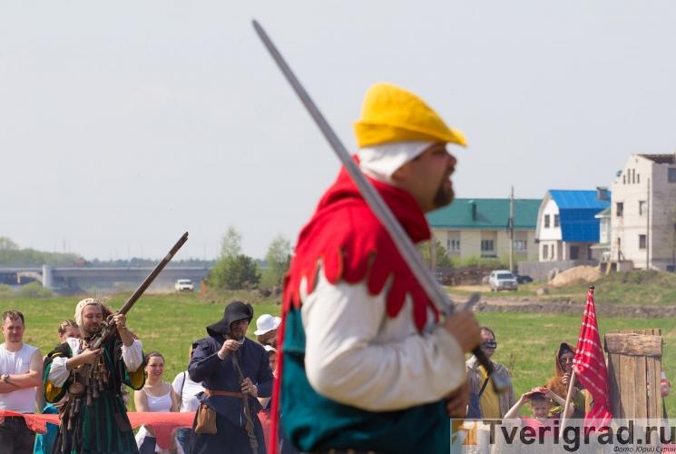 tverskaja-zastava-2013-38