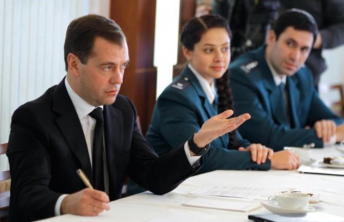 задавайте работник из казахстана работает в россии налоги Правовой центр
