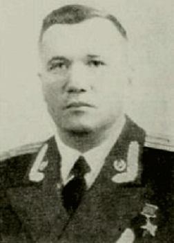 Иван Громов