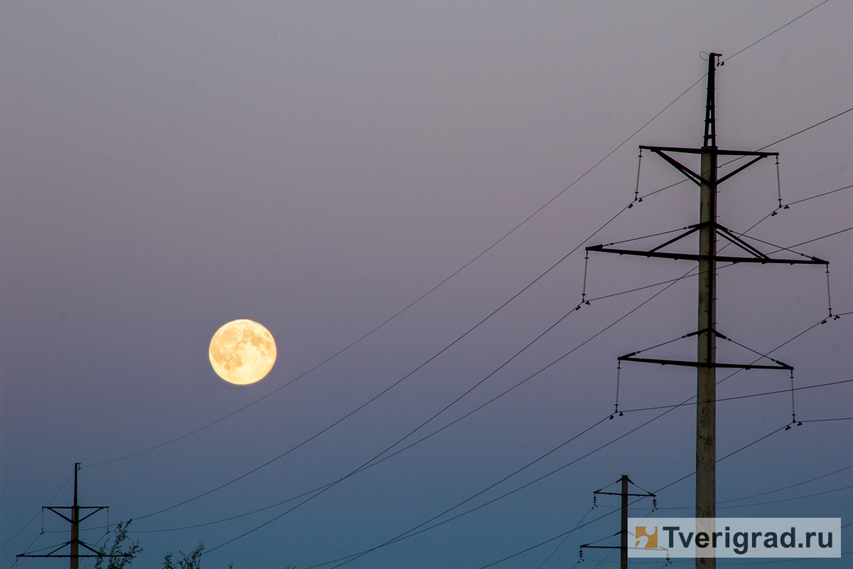 Жители России увидят сближение Луны стремя планетами