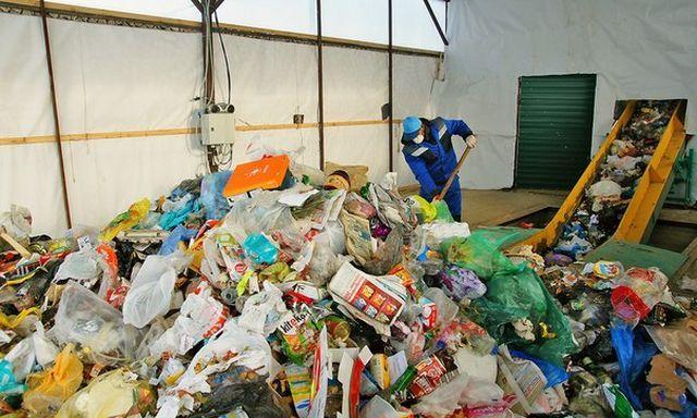 Сортировка мусора на полигоне тбо дробильное оборудование в Димитровград