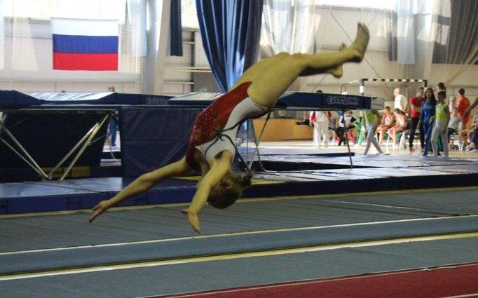 Светлана Скороход на акробатической дорожке
