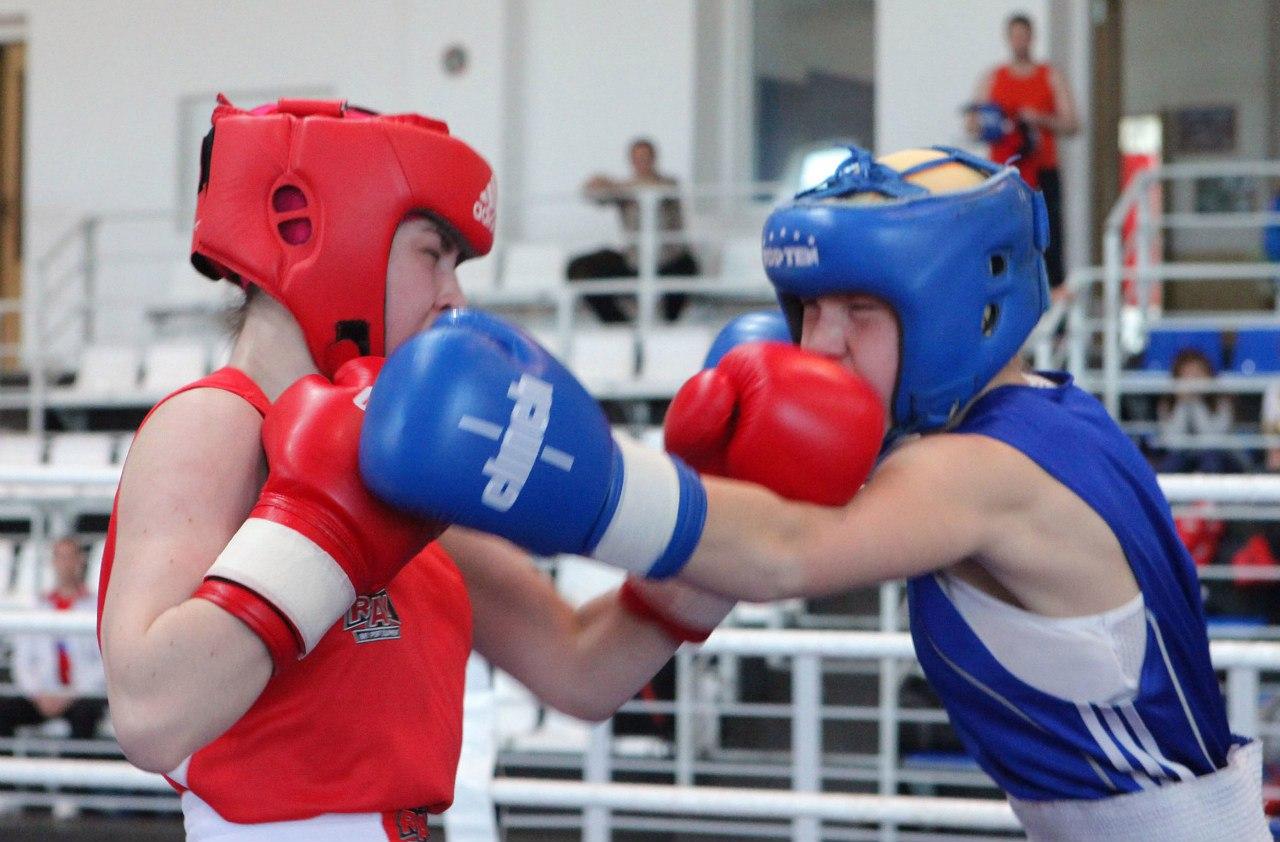 Турнир по боксу среди девушек Виктория