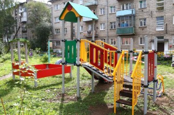 """детская площадка в Твери, ул. Фадеева, 20, по проекту """"100 детских площадок"""""""