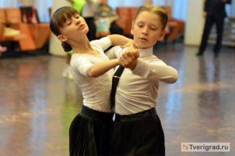 Кирилл Ткаченко и Полина Лещева