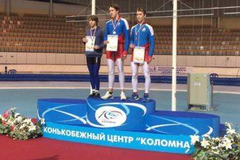 Дмитрий Никифоров (на снимке слева)