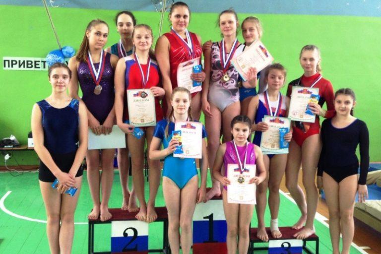 Гимнастки из Осташкова с наградами чемпионата и первенства области