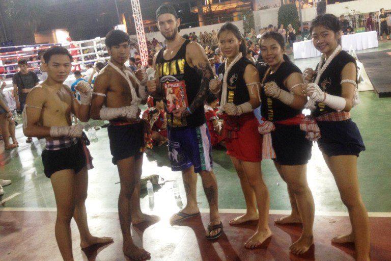 Кирилл Васильев во время визита сборной России в Бангкок успел провести несколько совместных тренировок с родоначальниками тайского бокса