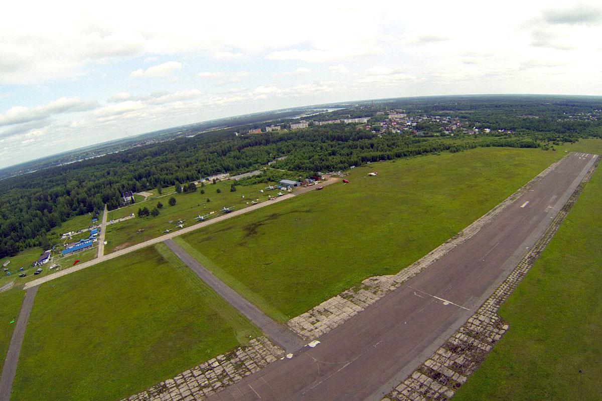 В Кимрах закрывают культовый для любителей парашютного спорта аэродром Борки
