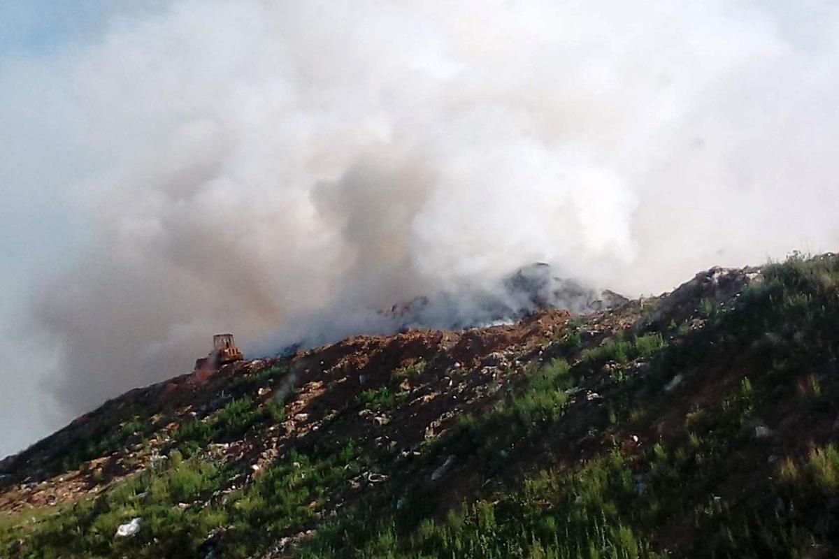 Жители города Кимры второй день задыхаются от смога, повисшего над городом