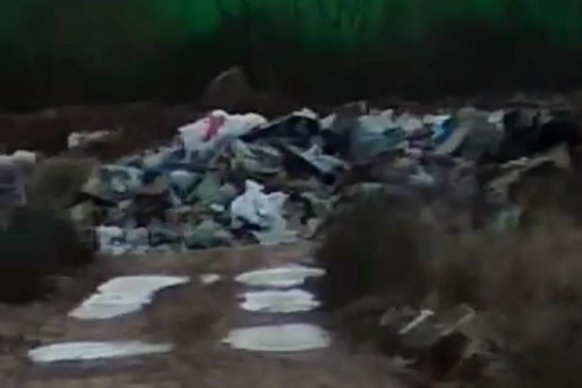 Мусор в Заречье, на который жаловались жители Кимр, пойдёт на подсыпку дороги