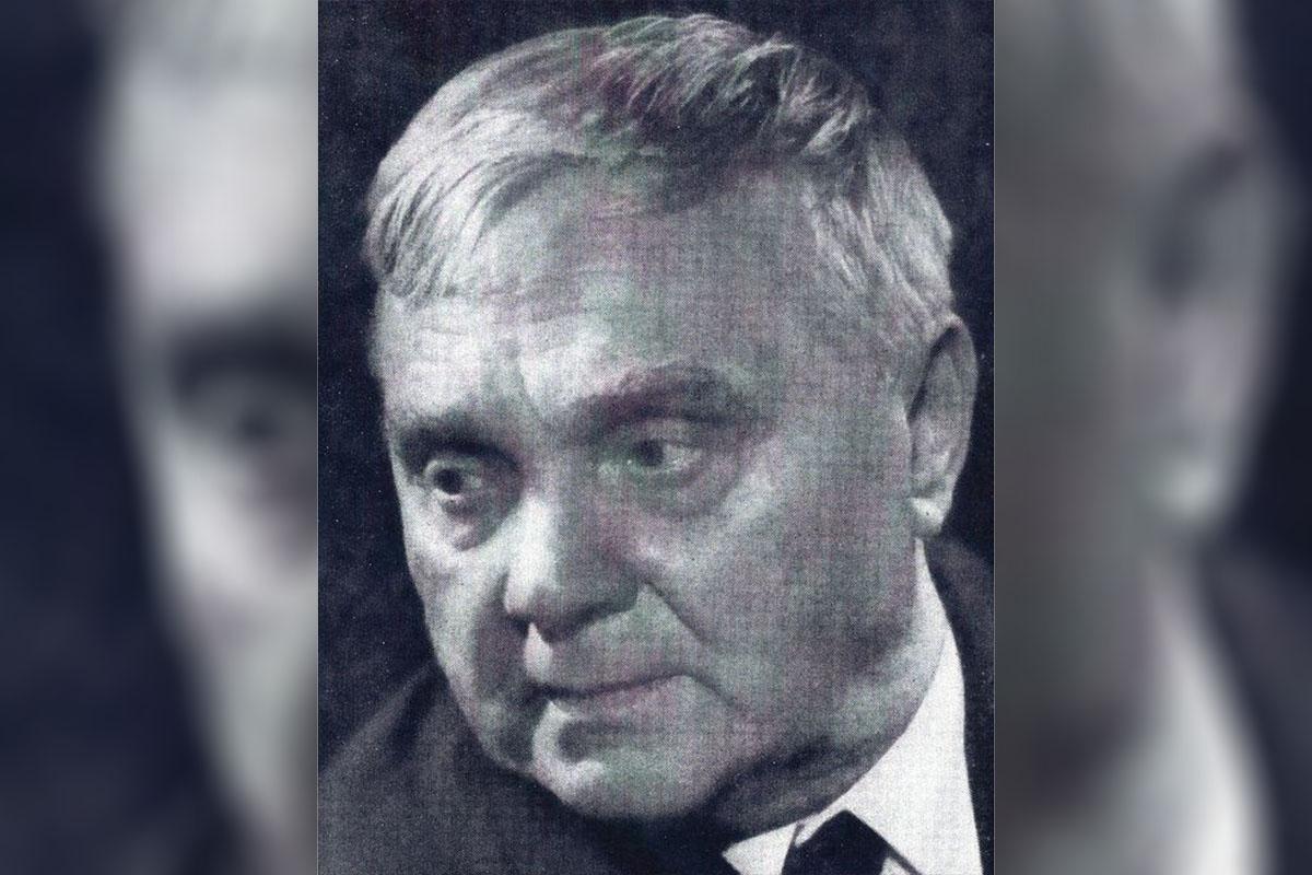 Под Конаково 22 октября 1905 года родился поэт, написавший стихи к песням