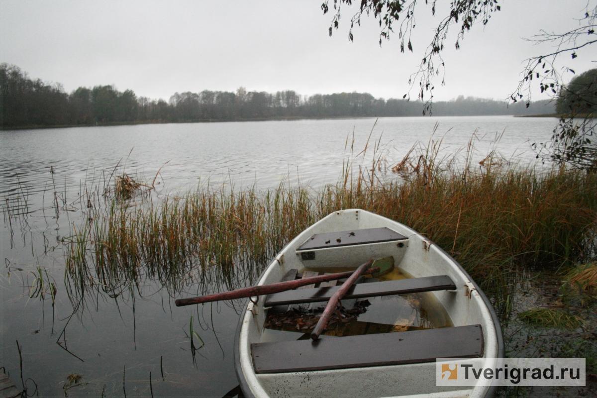 В Конаковском районе нашли тело рыбака, который пропал несколько дней назад: 10 ноября Александр Коновалов отправился на рыбалку в районе деревни Старое Мелково, но домой так и не вернулся.