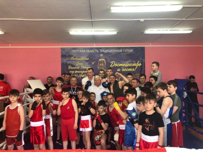 В Ильинской школе Кимрского района в честь Дня Победы провели бои на ринге