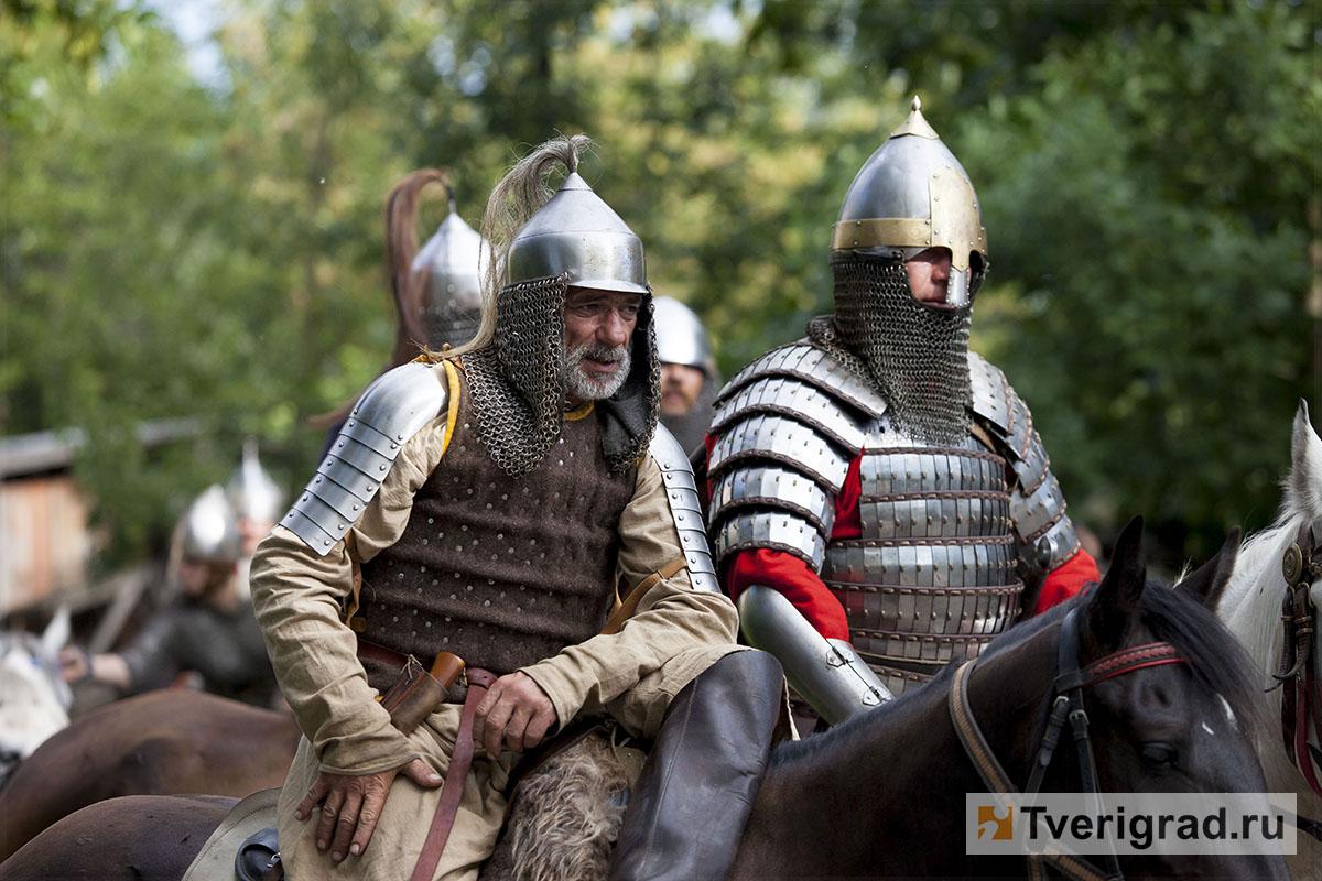 реконструкция конного похода Александра Невского в Торжке (1)