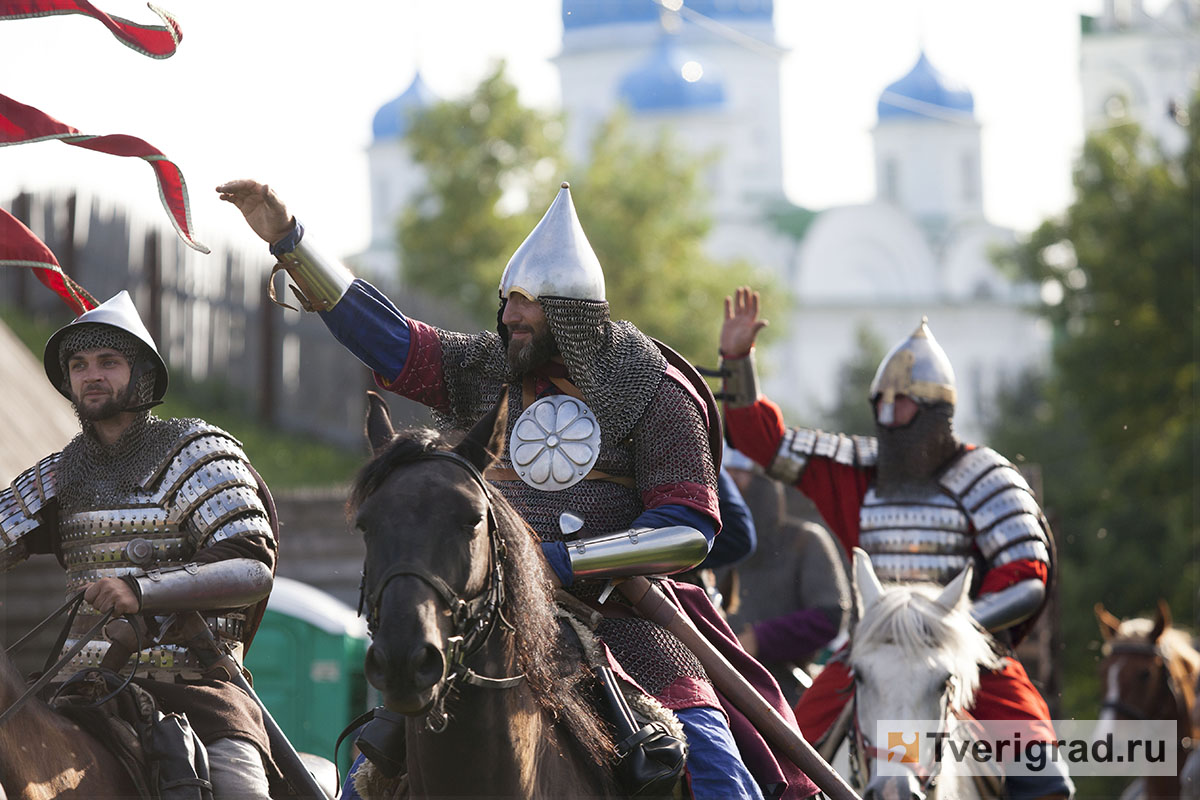 реконструкция конного похода Александра Невского в Торжке (12)