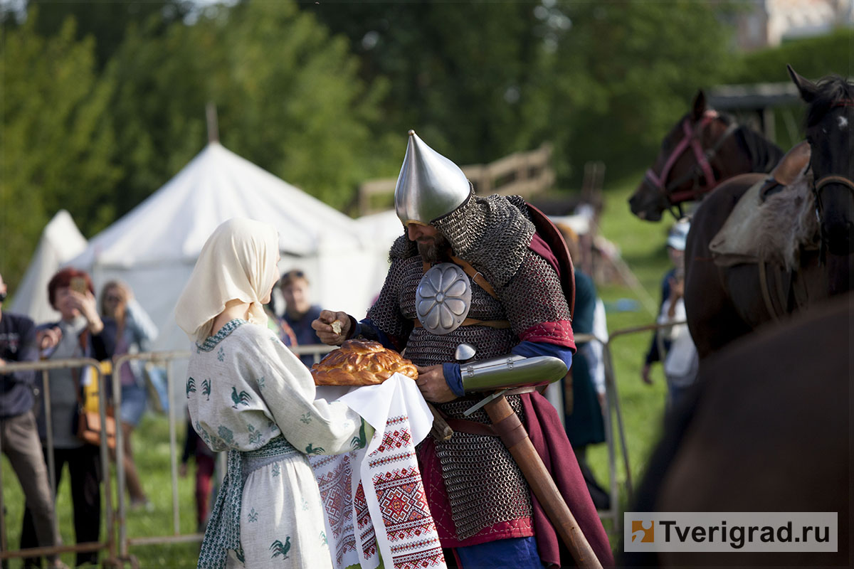 реконструкция конного похода Александра Невского в Торжке (15)