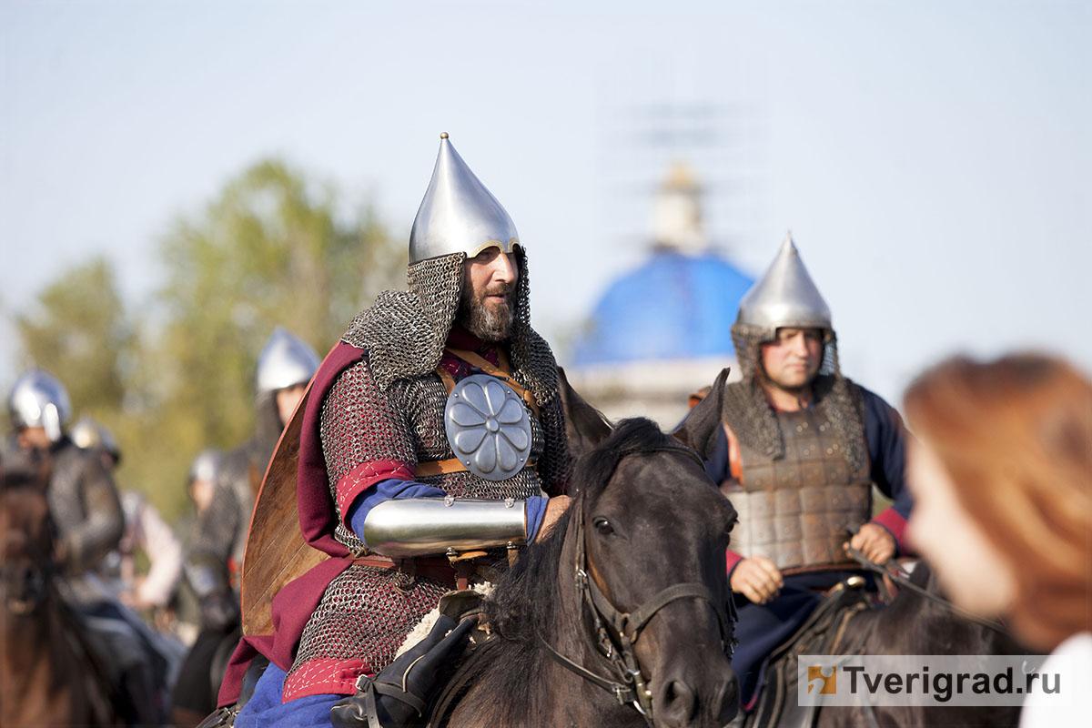 реконструкция конного похода Александра Невского в Торжке (16)