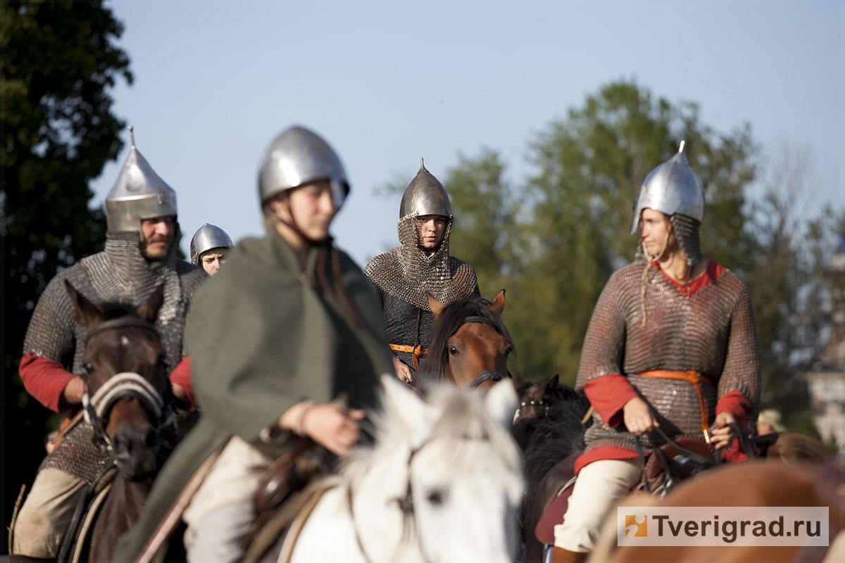 реконструкция конного похода Александра Невского в Торжке (17)