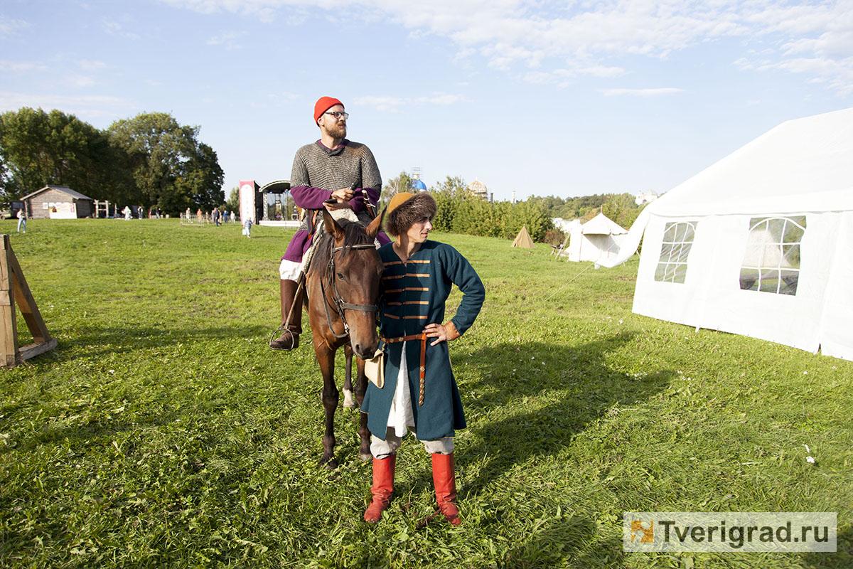 реконструкция конного похода Александра Невского в Торжке (18)