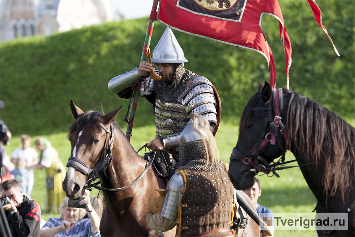 реконструкция конного похода Александра Невского в Торжке (27)